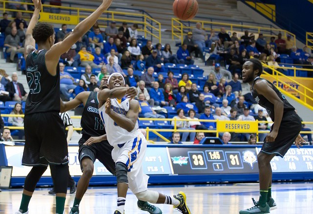 Kentucky Basketball Vs Morehead State Eagles Primer Stats: Morehead State Fouls Way To Home Loss To Green Bay